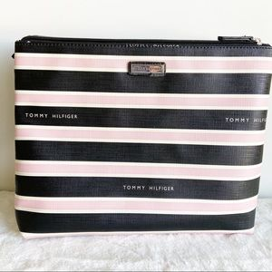Tommy Hilfiger Toiletries Folding Travel Bag